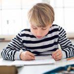 Der richtige Schreibtisch für Kinder zum Schulstart