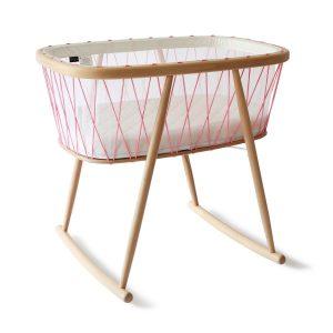 Charlie Crane Babywiege KUMI aus Buchenholz (ab Geburt) in rosa Babywiege
