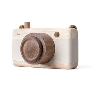 Fanny & Alexander Holzkamera – Holzspielzeug (ab 3 Jahren), handmade, in hellgrau Holzspielzeug